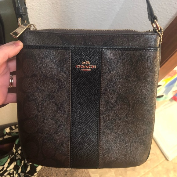 Coach Handbags - Coach side satchel